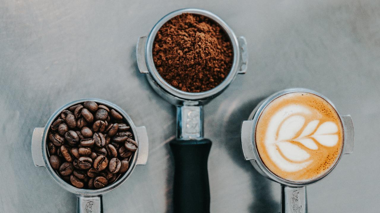 tre misurini da caffè