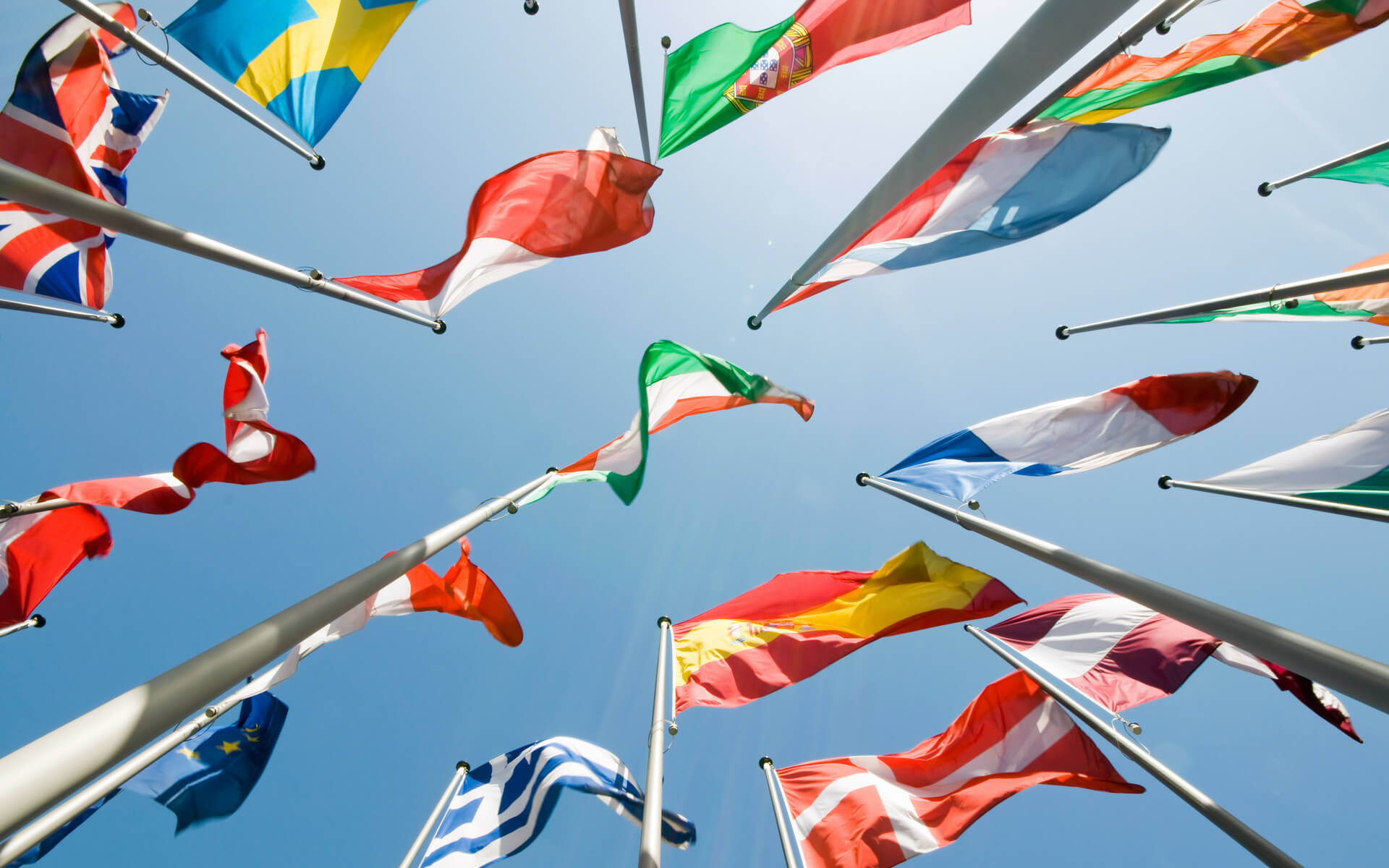 bg-flags-europe-international-h1920w1200